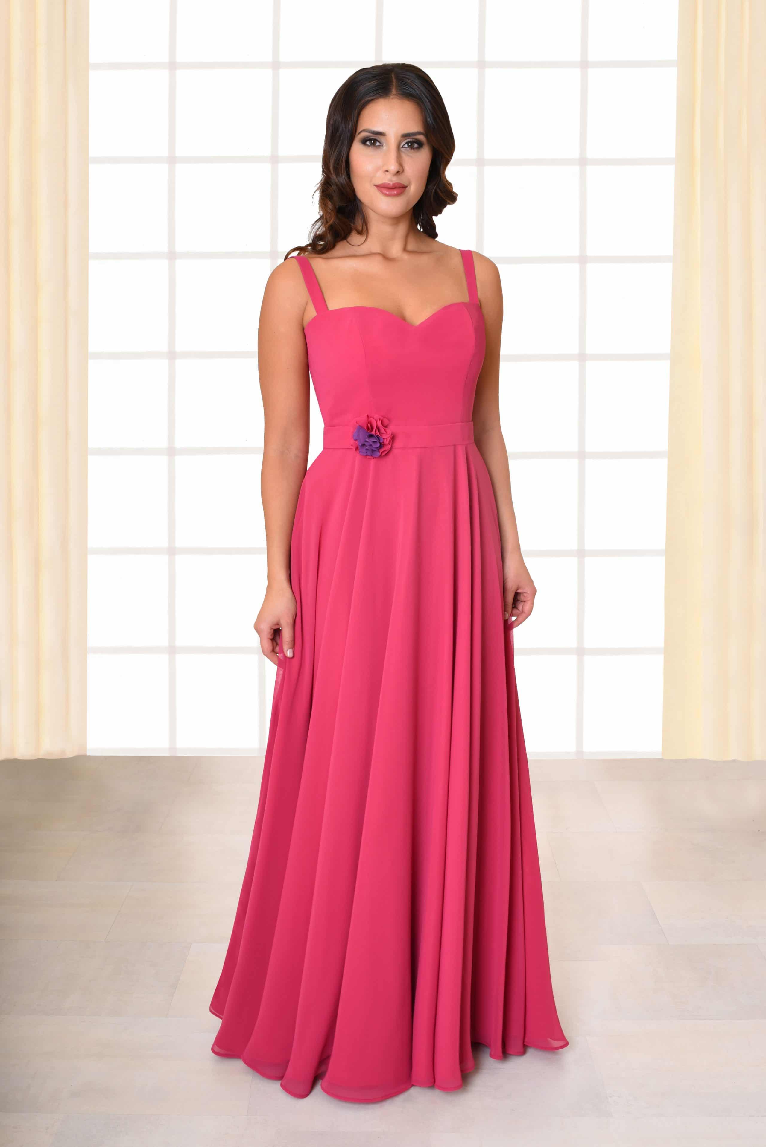 Abendkleid lang Carina pink Gürtel mit Blütenapplikation und schmalen Trägern von vorne