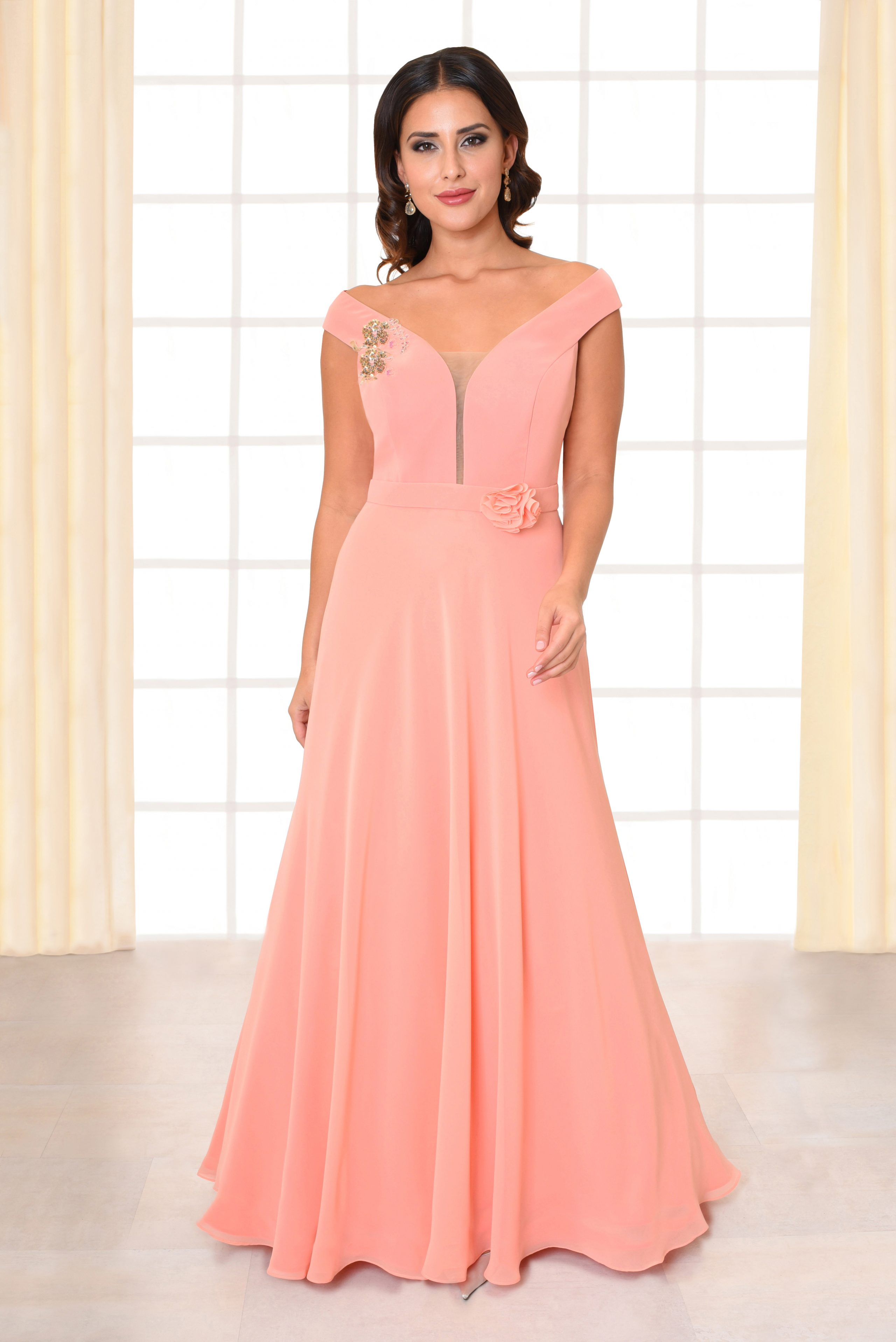 Langes Abendkleid Alaia rosa mit Rosenapplikation