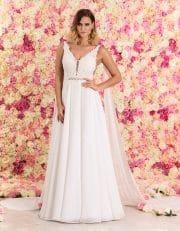 Brautkleid lang in A-Linie mit tiefem V-Ausschnitt und Spitze von vorne