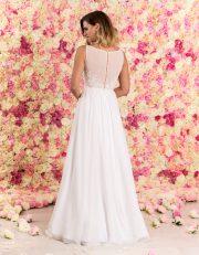 Langes Brautkleid aus Chiffon mit Spitze von hinten