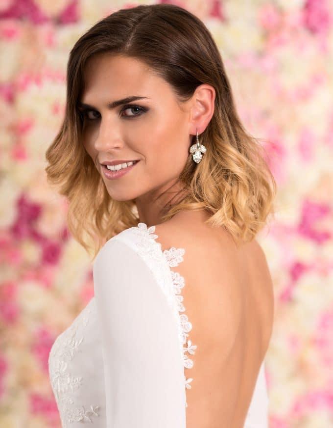 Braut Ohrringe aus Sterling Silber in Blütenform mit Kristallen