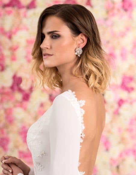 Braut Ohrstecker aus Sterling Silber in Blütenform mit Kristallen