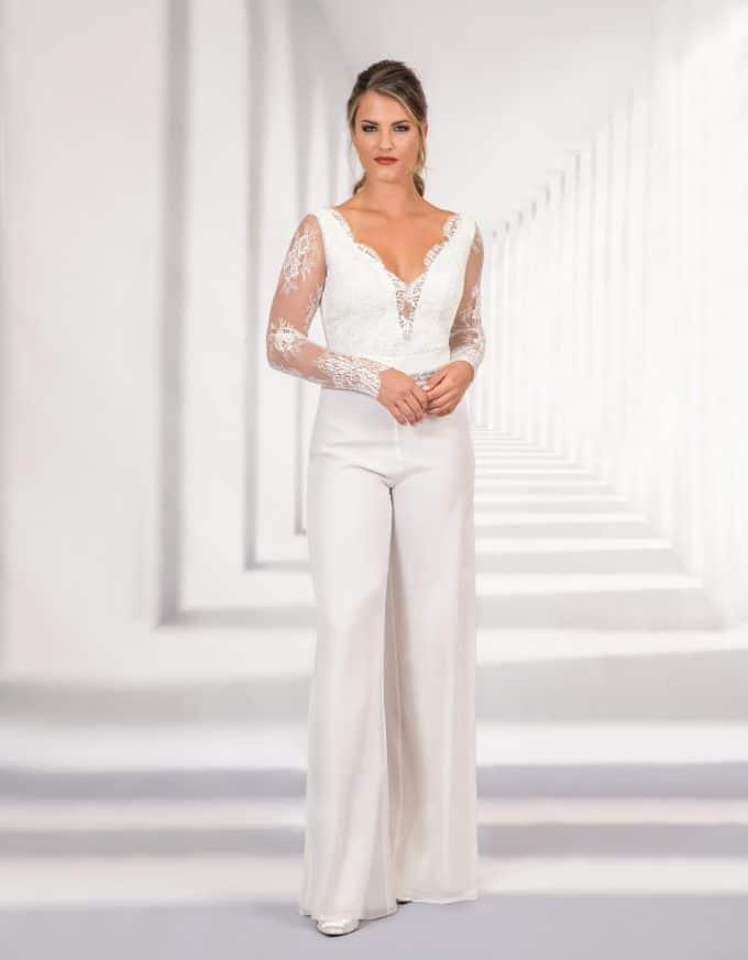 Eleganter Braut Jumpsuit mit Spitzenoberteil