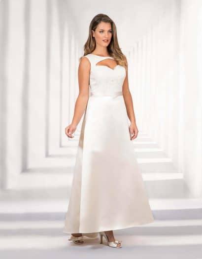 Brautkleid Adriana mit geschmackvollen Cut-Outs