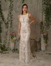 Hochwertiges Brautkleid aus Ornament Spitze im romantischen Stil