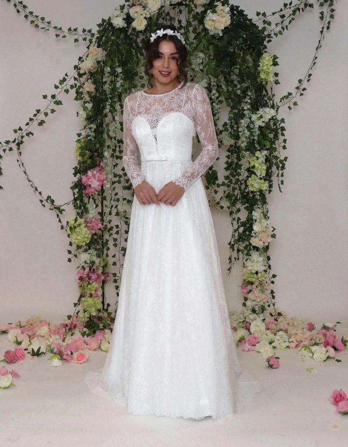 Langärmliges Spitzen Brautkleid im Vintage-Stil , aus Tüll und zarter filigrane Spitze