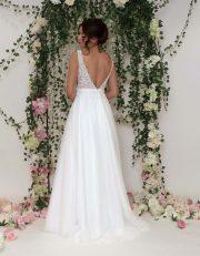 Brautkleid mit V-Rückenauschnitt
